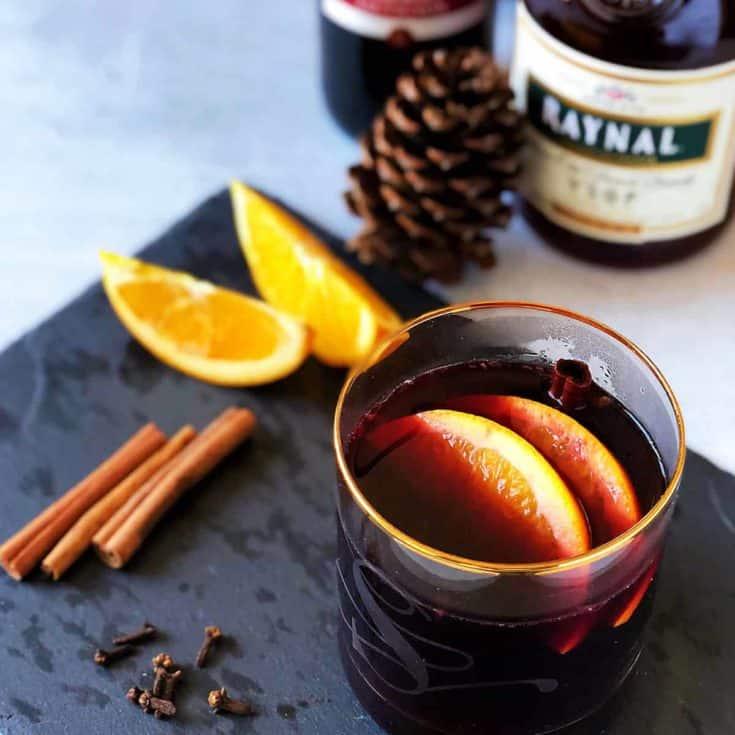 水果熱紅酒 Mulled Wine-暖到心坎的聖誕飲料!5種材料5分鐘,低碳無糖