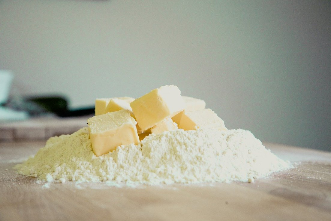 如何快速軟化奶油?2步驟妙招,奶油瞬間變軟骨頭!