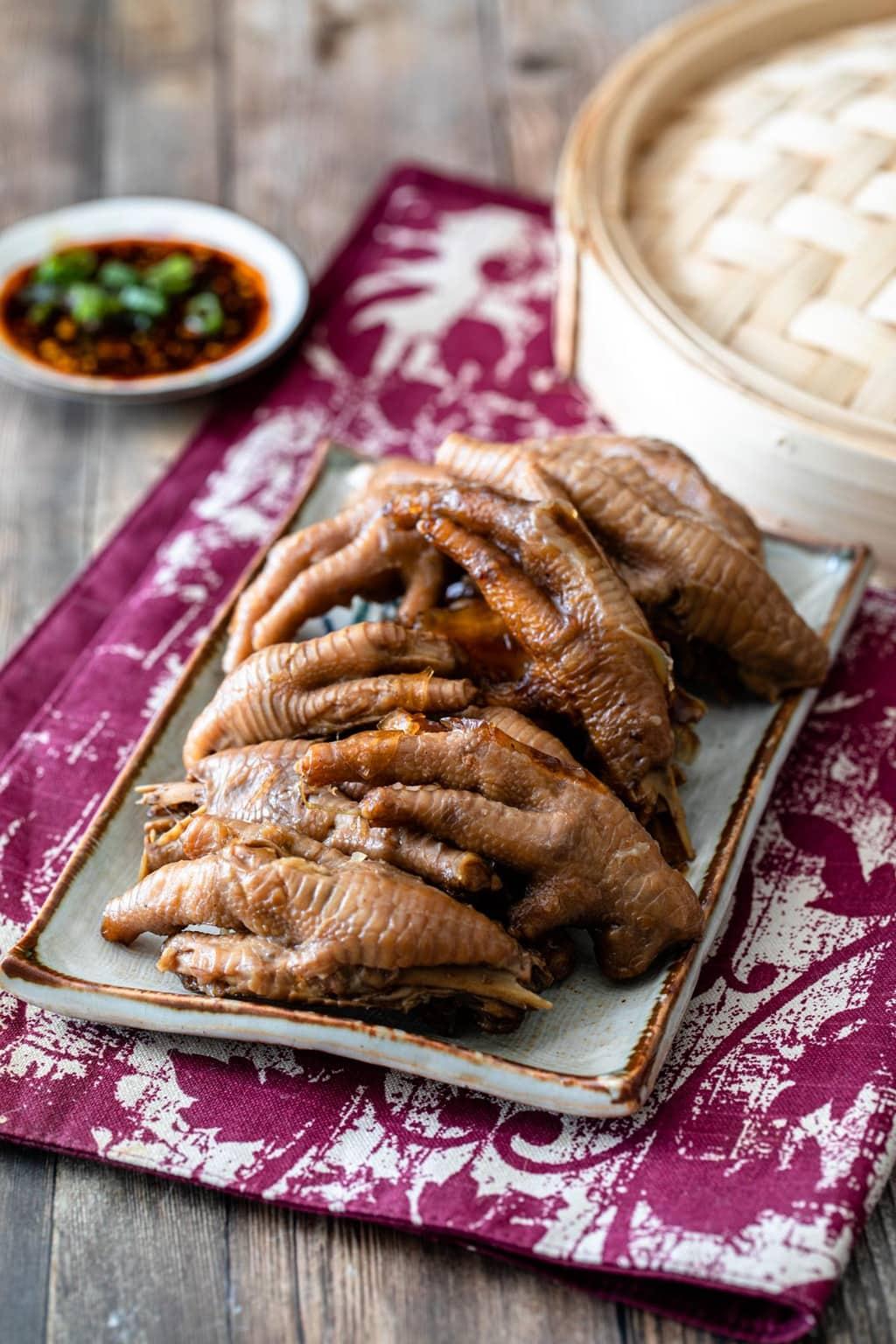 滷雞爪 (滷鳳爪) 香Q不破皮的秘訣-經典台式滷味-Instant Pot中文食譜