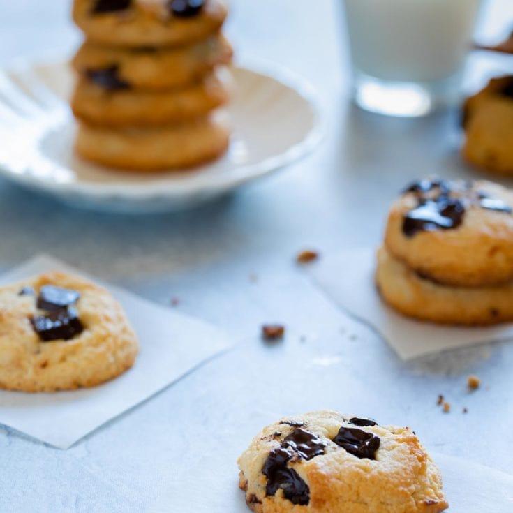 生酮軟心巧克力豆餅乾 Keto soft chocolate chip cookies 經典美式餅乾生酮版、一鍋到底無敵簡單